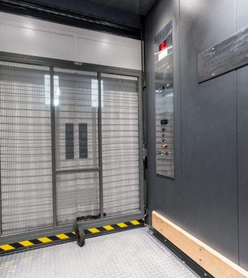 Titan Series   Equipment Transport   Painted Elevator Car